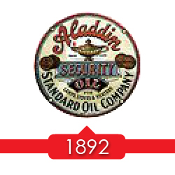 1892 г. - бренд Aladdin входит в состав холдинга Standard Oil Interests, дочерней компании Standard Oil.