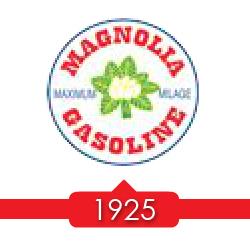 1925 г. - Socony покупает 100% акций в Magnolia Petroleum.