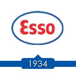 1934 г. - Jersey Standard проводит ребрендинг, заправочные станции переименованы в Esso.