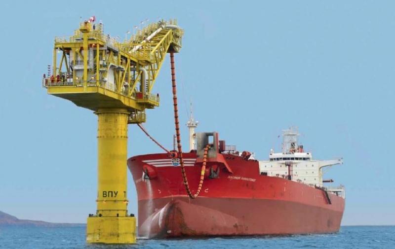Компания «Эксон Нефтегаз Лимитед» завершает бурение скважины Z-11, 2007 г.